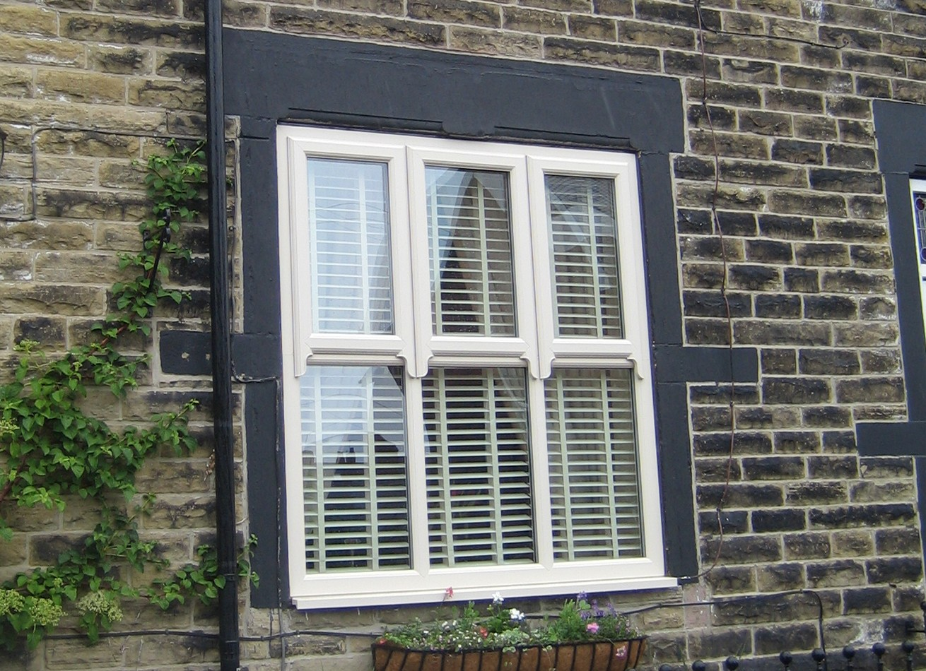 Sash windows replacement upvc sash windows for Replacement upvc windows